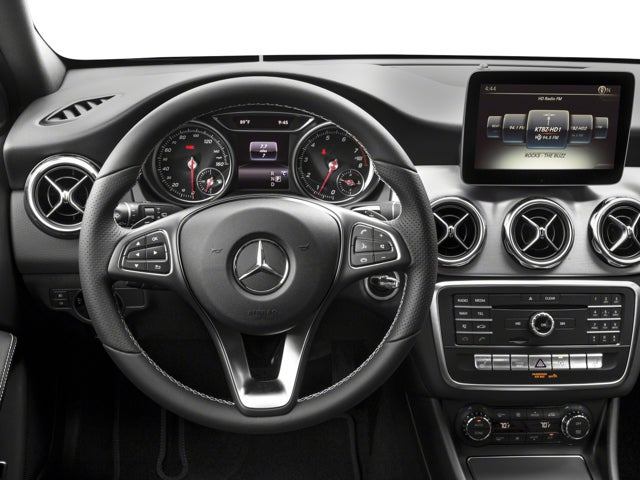 2018 mercedes benz gla gla 250 mercedes benz dealer in mi new and used mercedes benz. Black Bedroom Furniture Sets. Home Design Ideas